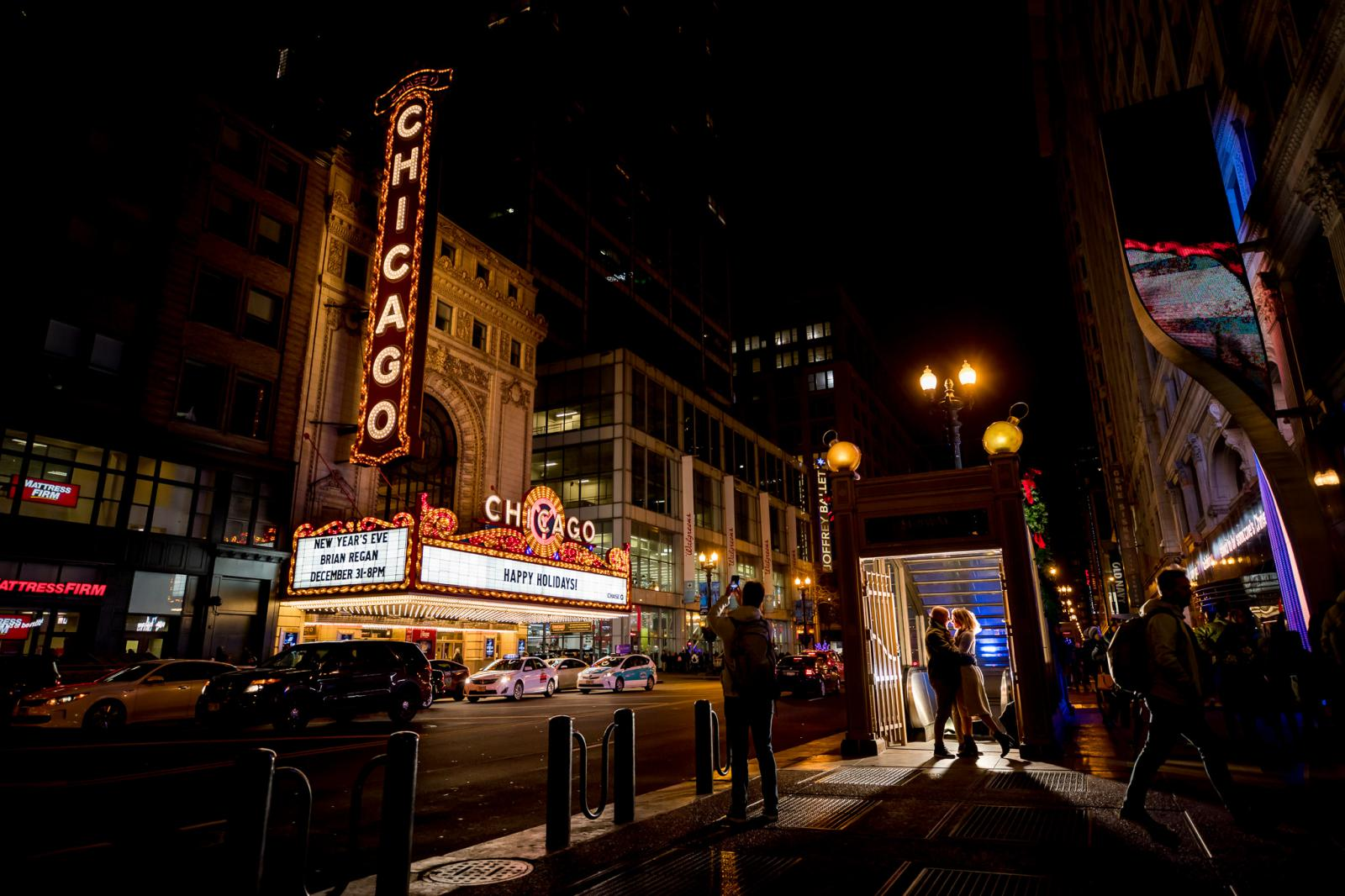 Chicago Theatre engagement shoot